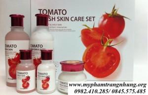 Bộ dưỡng trắng da Cà Chua Foodaholic Tomato Fresh Skin Care Set