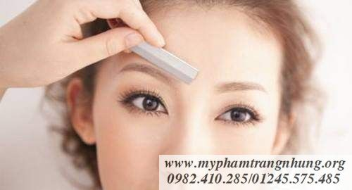 Dao-cao-chan-may-the-face-shop-folding-eyebrow-trimmer-6_result