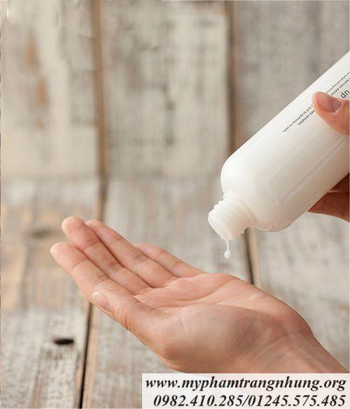 Nước-hoa-hồng-dưỡng-trắng-da-Innisfree-WHITE-TONE-UP-SKIN-3_result