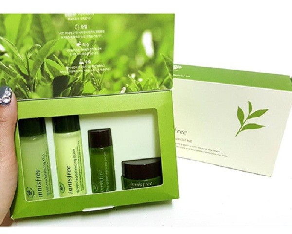 Innisfree_Green_Tea_Special_Kit1