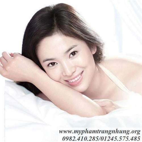 Sua-duong-trang-da-3W-Clinic-Collagen-chai-trang-6_result