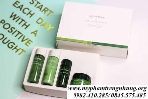 Bộ Dưỡng Da Mini Innisfree Trà Xanh Green Tea Special Kit Set (4 Sản Phẩm)