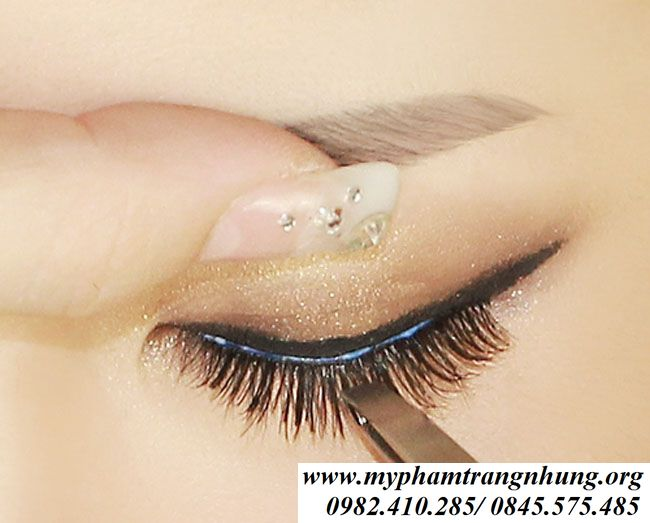 keo-dan-mi-vacosi-natural-studio-eyelash-3d-primer-2-hinh-anh-1_result
