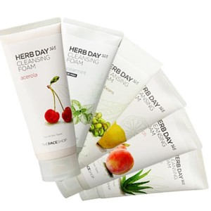 Herb Day 365 Cleansing Foam TheFaceShop