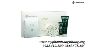 SET PHẤN OHUI Ultimate Brightening Cushion Set (4 SP)